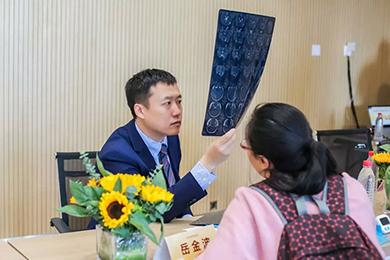 济南站义诊活动现场花絮