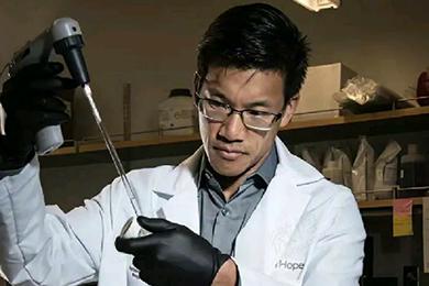 王力宏的博士哥哥获儿童肿瘤基金,他在研究什么?